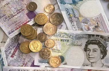 Sluggish Economy and Brexit Fears Keep The Pound Bearish